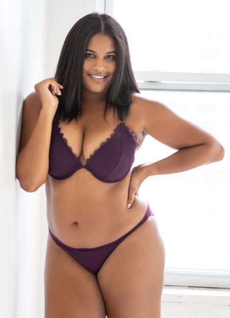 Brittany Winston curve plus model kim dawson agency single grid slide 20