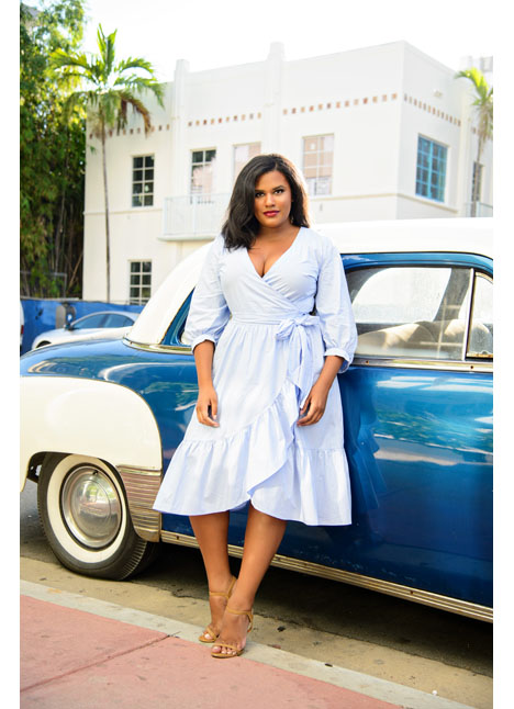 Brittany Winston fashion curve plus model kim dawson agency single grid slide 11