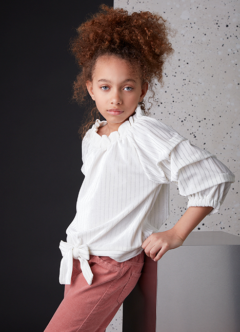 Sienna Ingham fashion model kim dawson agency single grid slide 9