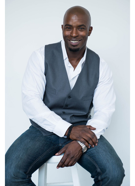 Cedric Sims on camera actor commercial print model single grid slide 1