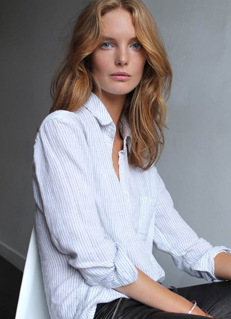 Clara Settje fashion model single grid slide 22