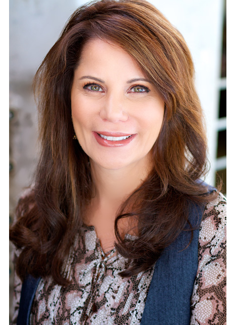 Nellie Sciutto on camera actress board thumbnail